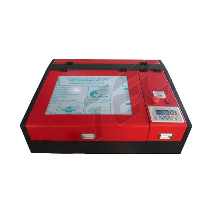 Máquina de corte e gravação a laser CO2 L44